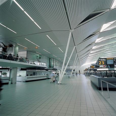 Plafonds métaliques